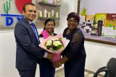 Boldog arcok a DXN nigériai iroda megnyitóján