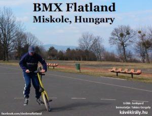 A Kávékirály BMX Flatland extrém kerékpáros trükk gyakorlása közben
